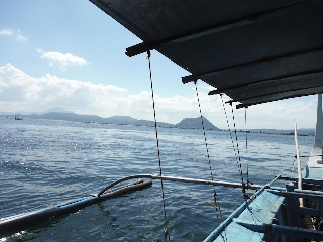 riding boat taal valcano tagaytay philippines