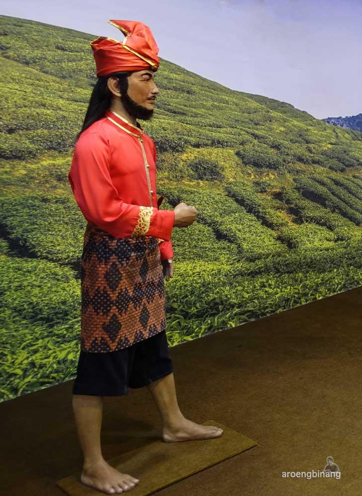Sultan Hasanuddin de arca statue art museum yogyakarta