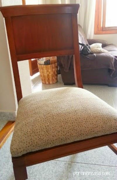 Tapizar las sillas - por fin en casa