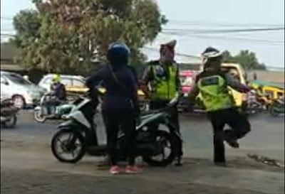 RX king mau kabur saat rajia mendapatkan tendangan maut polisi di Cibadak.