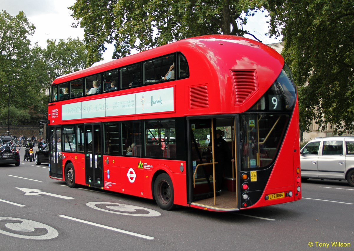 hight resolution of the rear door of the routemaster was originally meant to stay open between stops to allow passengers to hop on and off but this was stopped when conductors