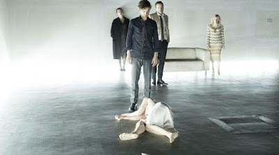 http://ntlive.nationaltheatre.org.uk/productions/59687-hedda-gabler