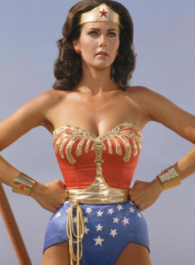 Figurino Mulher Maravilha - Lynda Carter