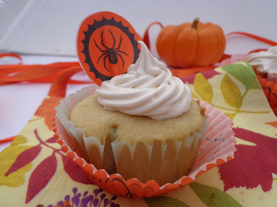 buttercream frosting, Holiday Cupcake ideas, Fancy cupcakes, Halloween Cupcakes, recipes for frosting,