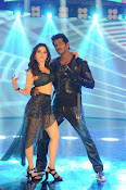 vishal okkadochadu movie stills-thumbnail-14