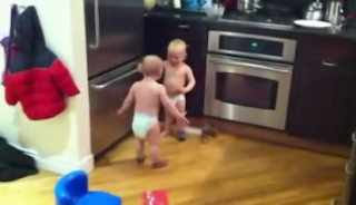 Debate entre bebes
