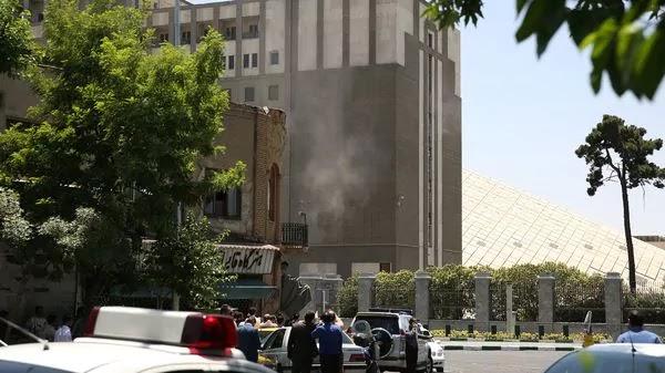 Ascienden a 17 los muertos en el atentado del Estado Islámico en Irán