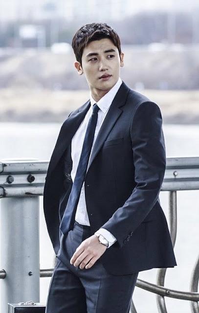 張東健 朴炯植《Suits金裝律師》首張劇照公開 雙男主的西裝魅力讓人等不及首播的到來