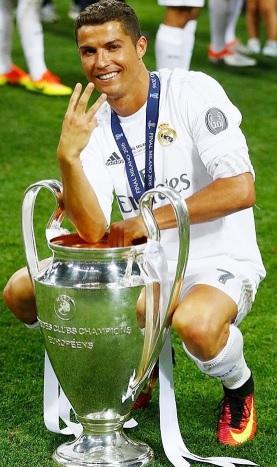 Foto de Cristiano Ronaldo con ropa deportiva