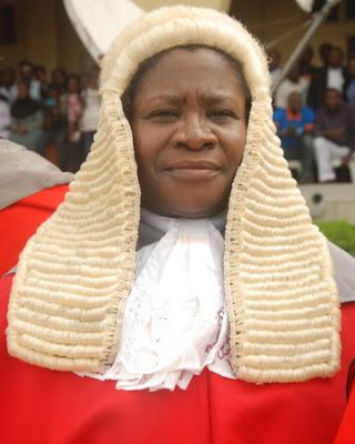 nigerian judge sues klm missing luggage