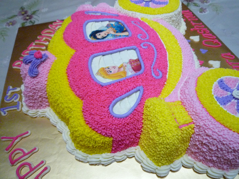 Princess Carriage Birthday Cake Ordered By Puan Fara
