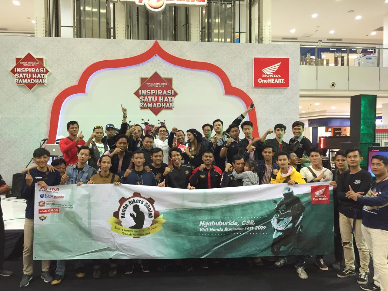 Bakti Sosial dan Buka Bersama Mengisi Rangkaian Kegiatan Bikers Sholeh AMHL