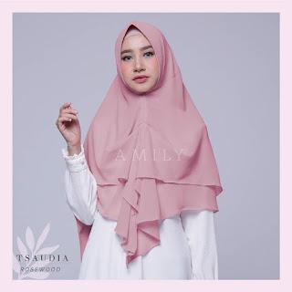 Hijab Amily Tsaudia Rosewood