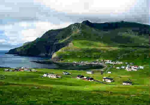 красивая долина острова Воар