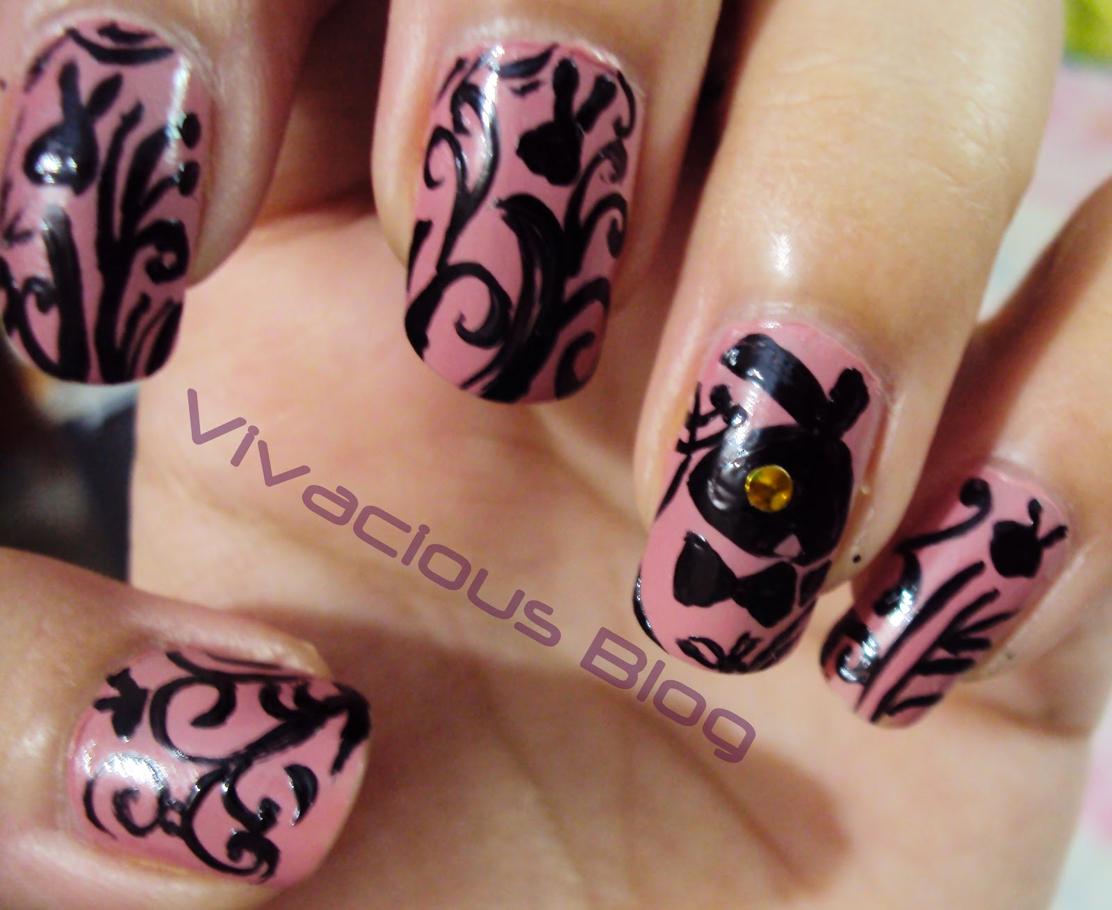 Vivacious Blog: Playboy Bunny Inspired Nail Art