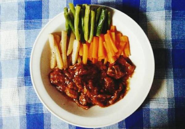 Resep Bistik Daging Sapi Jawa, Cara Membuat Bistik Daging Sapi Sederhana, Resep Bistik Daging Sapi Lada Hitam, Resep Bistik Daging Sapi Empuk, Resep Bistik Daging Sapi Sederhana