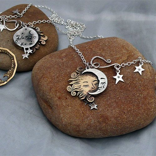 7 Moat Beautiful Crescent Moon Lockets