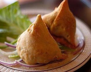 http://4.bp.blogspot.com/-nwGH9LHXKNU/Tg3gouaqSpI/AAAAAAAAB94/eUo-cEtNhWc/s320/indian-veg-samosa-recipe.JPG