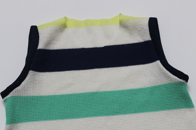 knit clothes neck binding