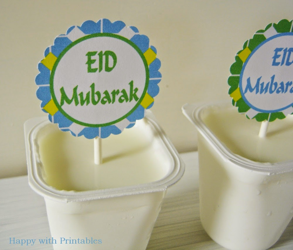 Eid Mubarak sweet table