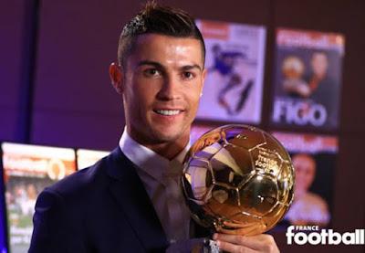 Ronaldo đã chính thức nhận được Quả bóng Vàng 2016