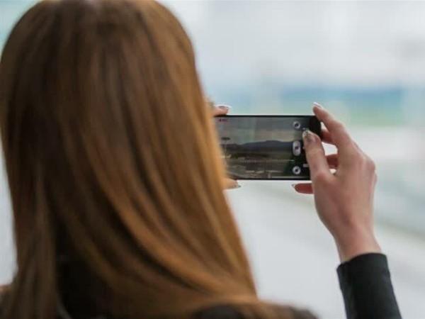 semua harus dilakukan dengan cepat dan akurat 10 Cara Ambil Video Dengan Android Supaya Tidak Buram