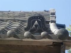 円覚寺正続院のミツウロコ