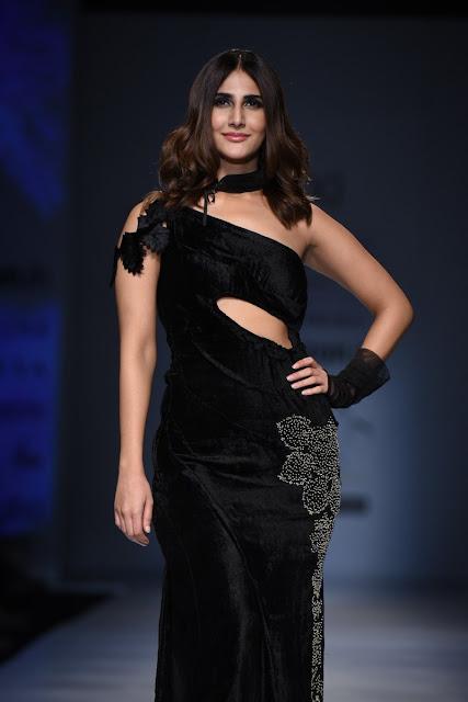 Vaani kapoor walks the ramp at Amazon India Fashion Week