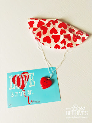 Love is in the Air! free printable Valentines