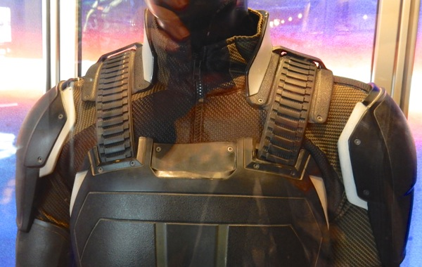 Cyclops shoulder costume detail XMen Apocalypse