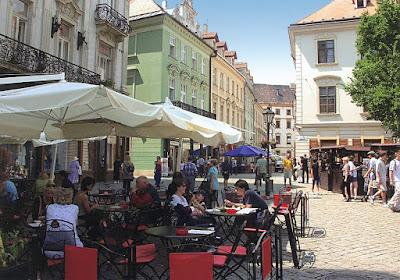 Bratislava-city_life