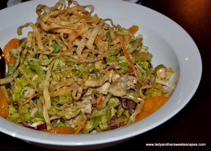 Mo's Chinese Chicken Salad