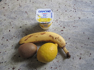 Ingrédients du smoothie banane kiwi et vanille