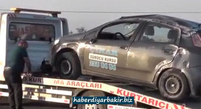 Taziye ziyaretine giden Çınarlı aile Konya'da kaza yaptı