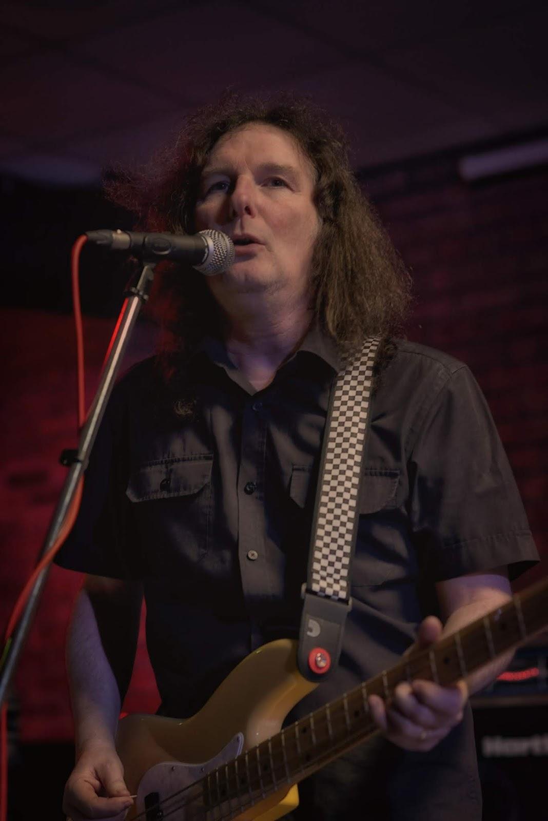 Ian Edmundson