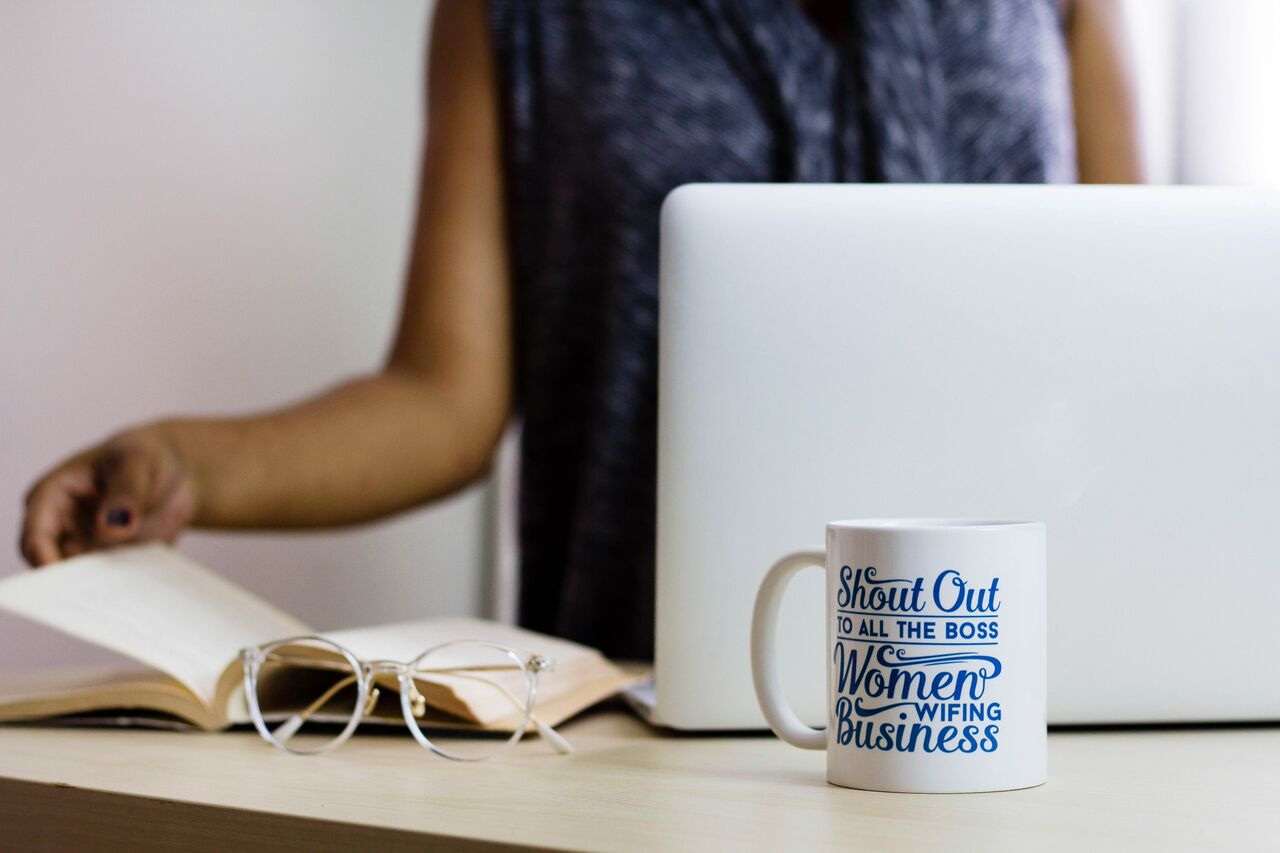 Once you get to college, so many professional things are expected of you. Today, I'm sharing some tips to help you unleash your inner Girl Boss.