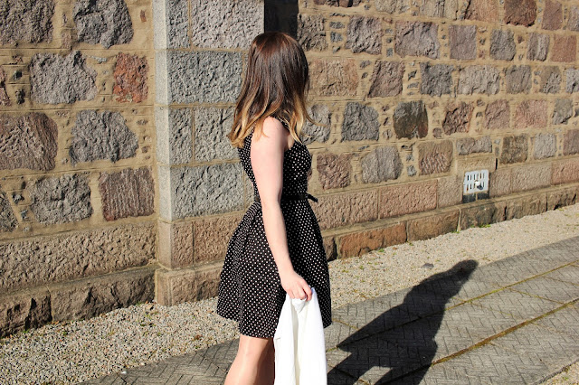 Dress Polka Dot Travel Blog Iga Berry