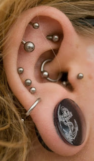 pierced ear lobe