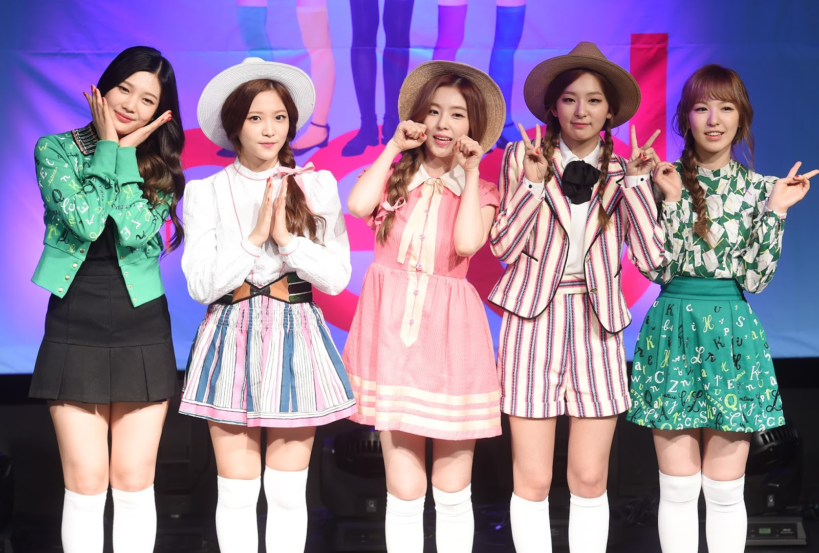 will red velvet be able to become f x -level girl group