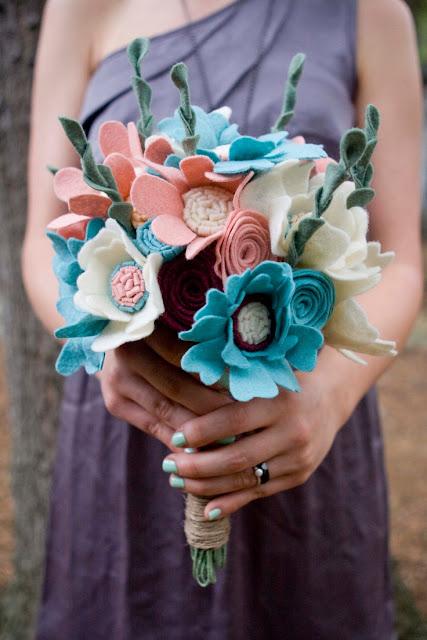 Buquê flores falsas