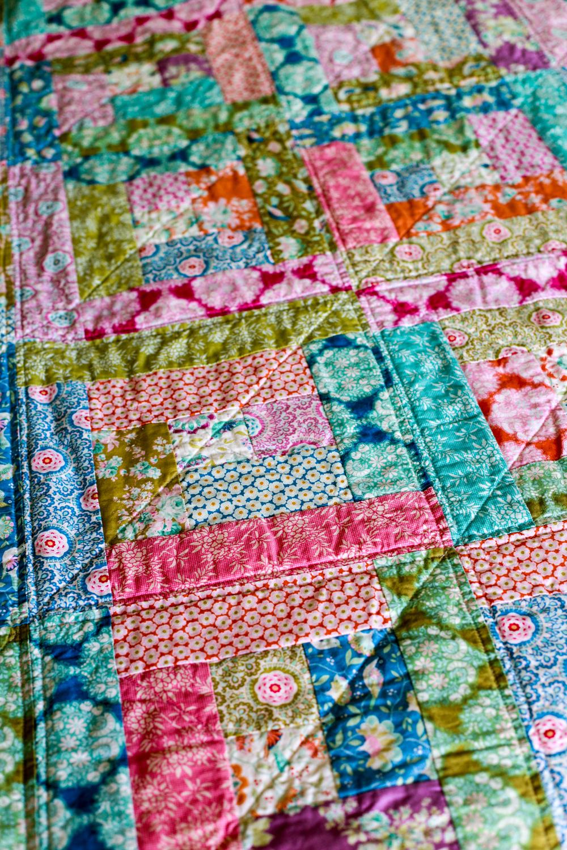 Harvest Log Cabin Quilt + Tutorial | In Color Order | Bloglovin\'