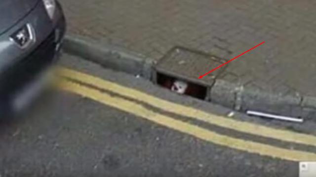 Penampakan Aneh Tertangkap Kamera Google Street View