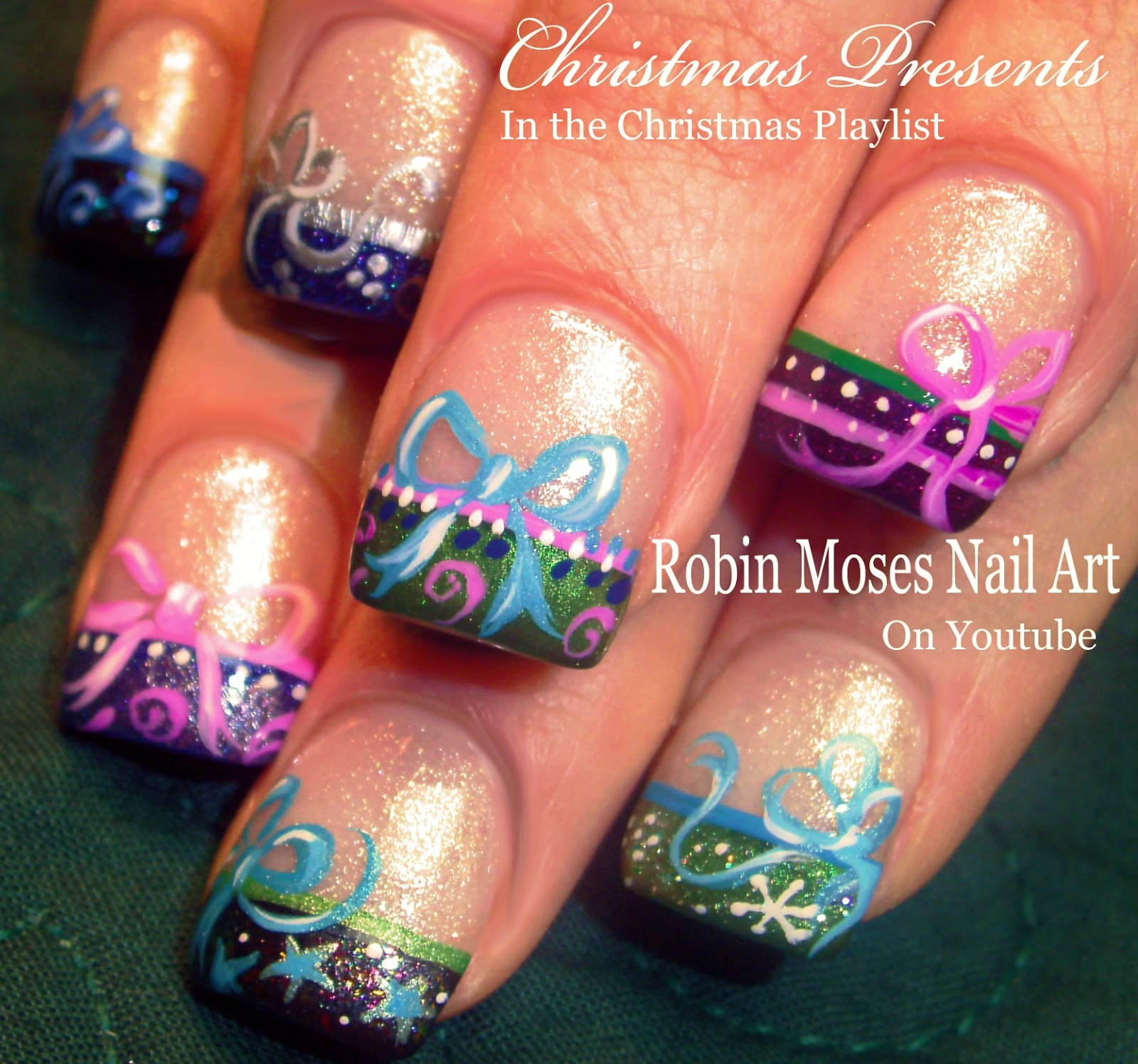 Nail Art by Robin Moses: Christmas Bows! Nail Art xmas
