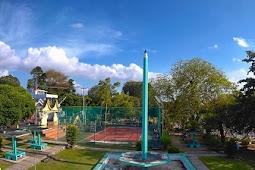 Tugu Pensil Tanjungpinang, Wisata Sejarah yang Penuh Pesona