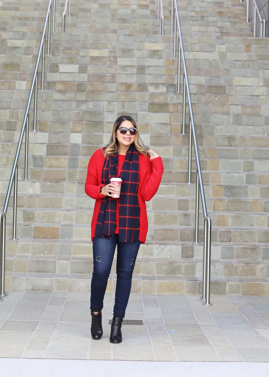 winter outfit for curvy women, latina fashion blogger, latina style blogger