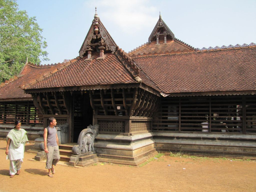 Distinctive Kerala Style Of Temple Architecture Navrang