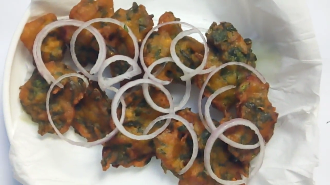 How to make pui shak pakora
