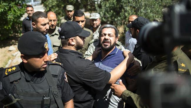 Hamas sentences three to death over killing top commander