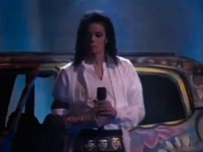 Michael Jackson performing Will You Be There
