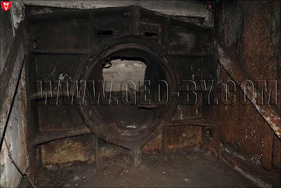 Артиллерийские амбразуры ДОТ-а №05. Вид изнутри
